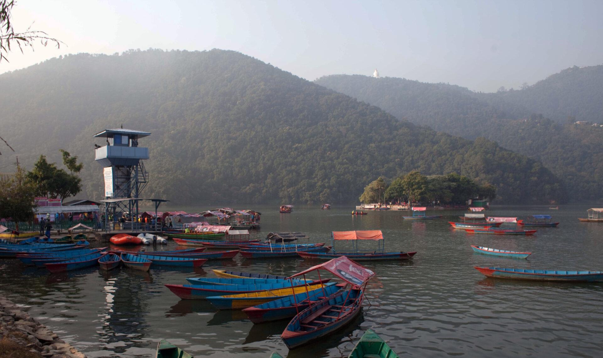 Город-курорт Покхара, Непал