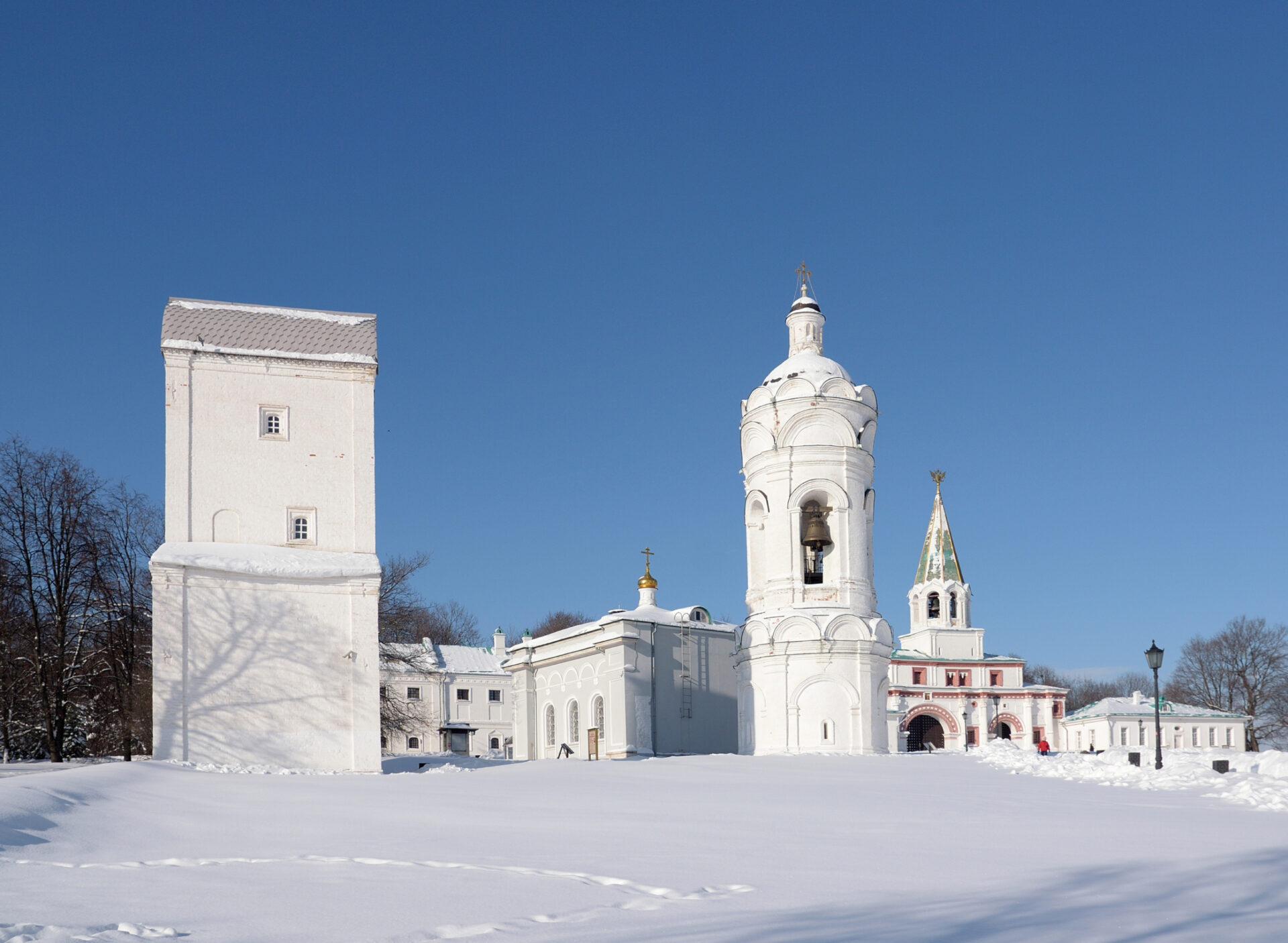 Белое Коломенское.