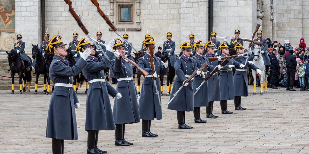 Первый Церемониальный развод конных и пеших караулов Президентского полка 2019 года