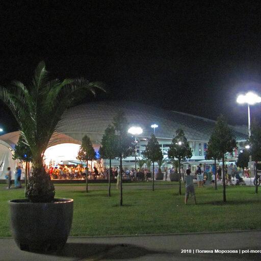 Шоу фонтанов + фестиваль фейерверков = Адлер ночной!