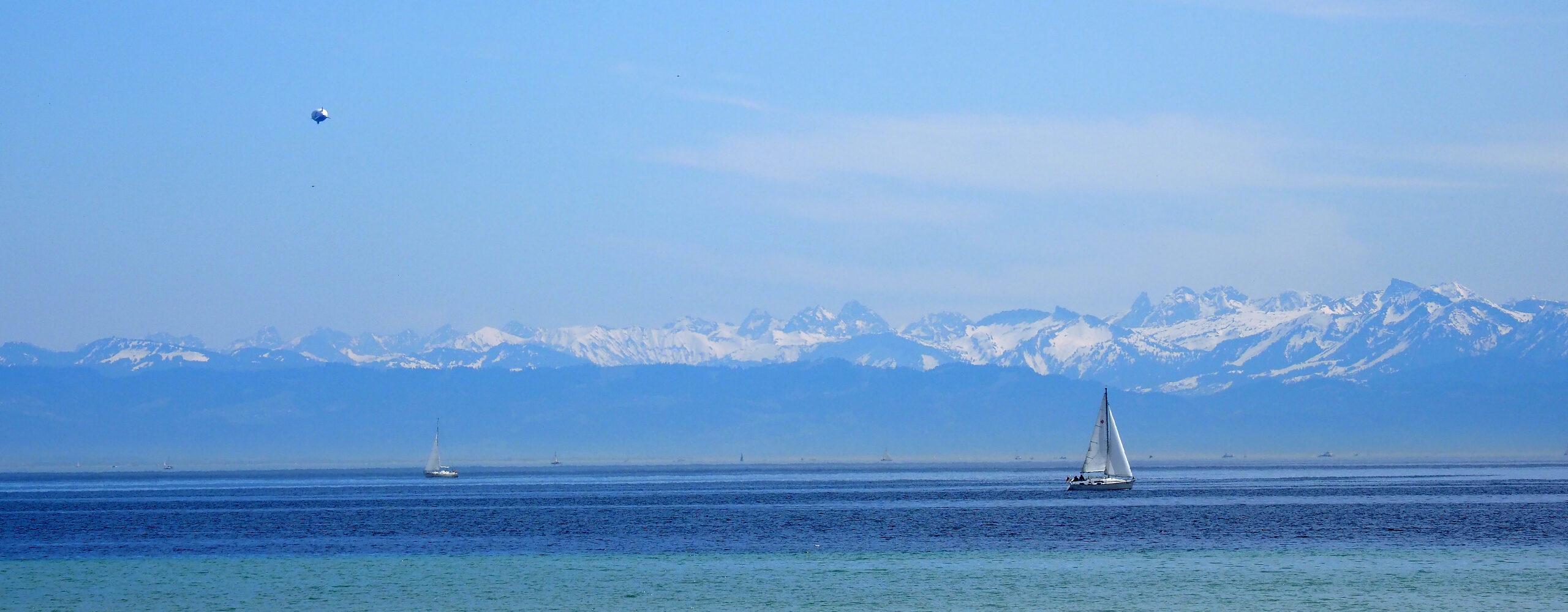 ЮгГермании. Озеро Бодензее. Остров цветов Майнау. Май 2109г.-1.